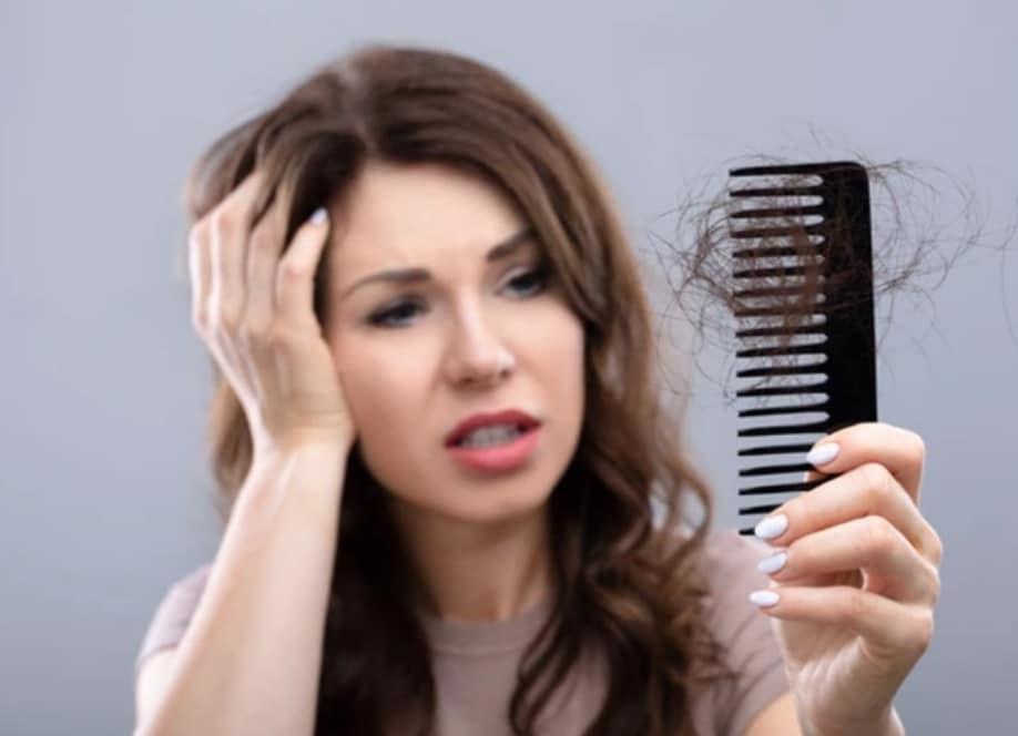 saç dökülmesinin nedenleri