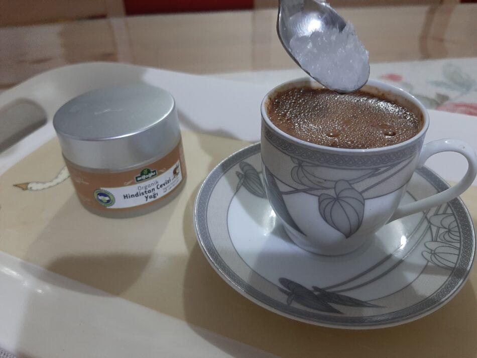 Hindistan Cevizli Kahve